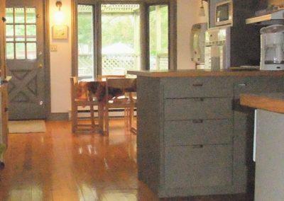 redi-cottage-kitchen-new